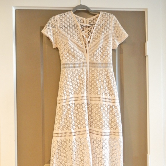 5edfe3e3d7 Gianni Bini Dresses & Skirts - Gianni Bini Pink Eyelet Maxi Dress